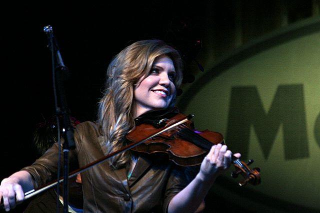 Alison Krauss (2007) (PD)