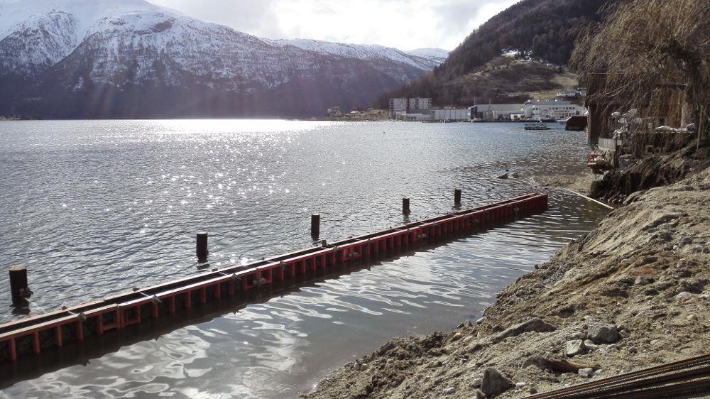 FJORDSTI: Fjordstien i Sogndal kan bli ein autostrada med hjelp av gruvefyllmasse.