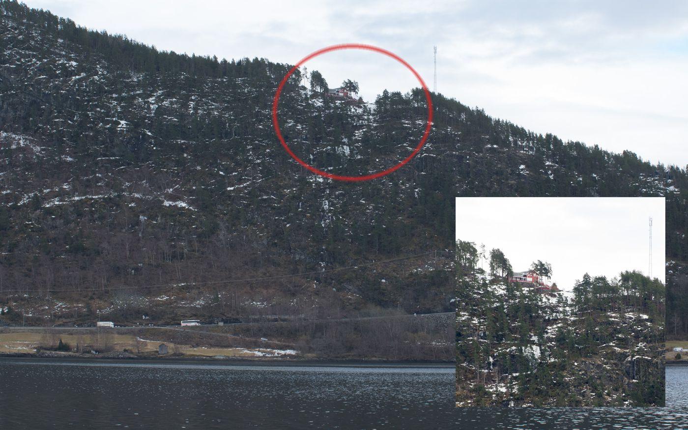 FRÅ FJORDEN: Tjødnali sett frå fjordsida.