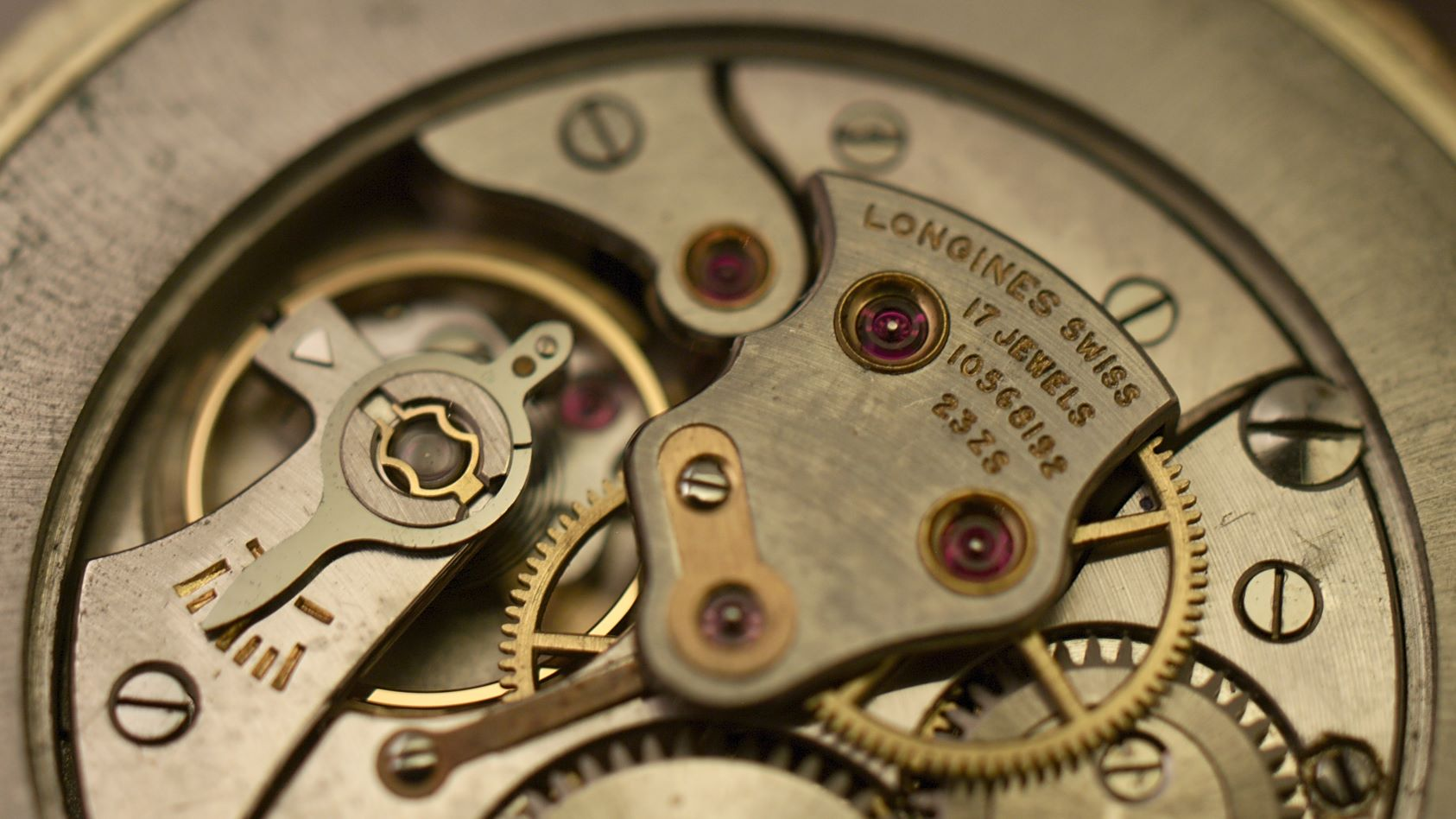 Movement of a Longines 14k gold 1957