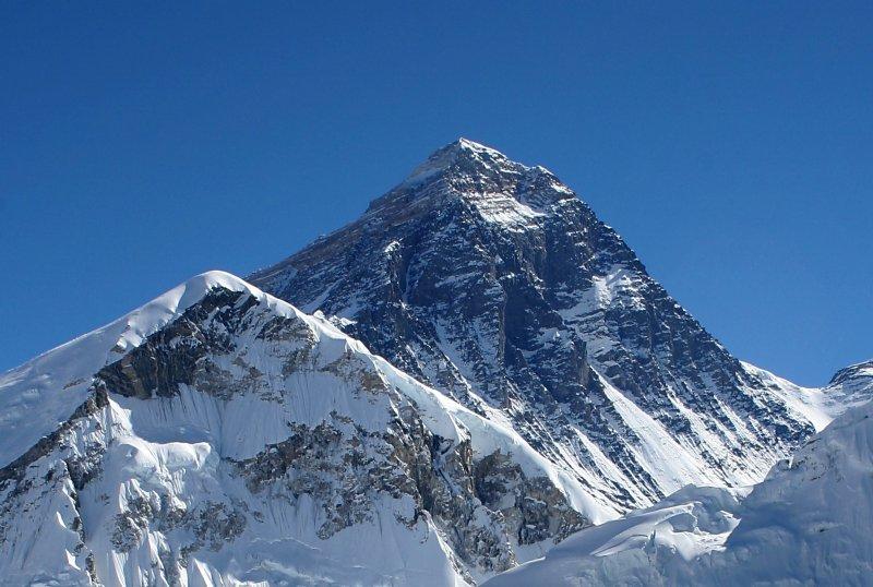 Everest sett frå Kala Patthar i Nepal. Foto: Pavel Novak (CC BY-SA)